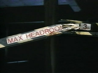 Mh-ch4-0-1-broken-headroom-bar.jpg